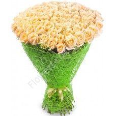Букет кремовых роз «Очарование»