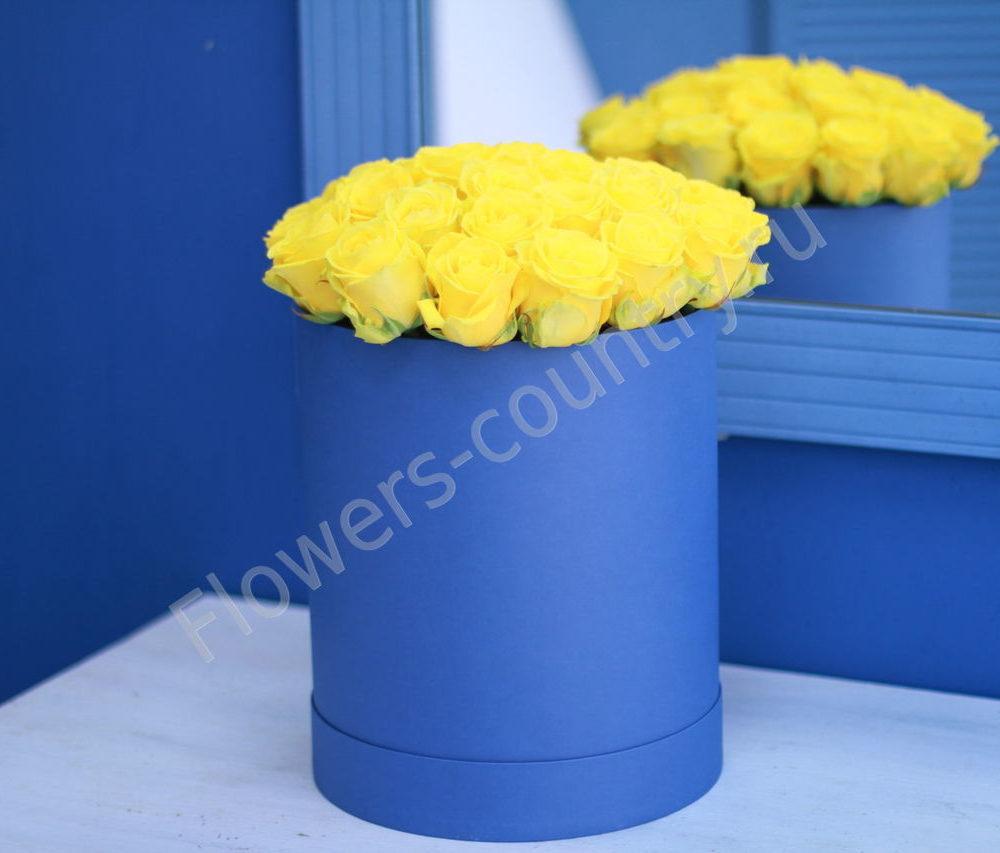 Букет желтых роз в шляпной коробке