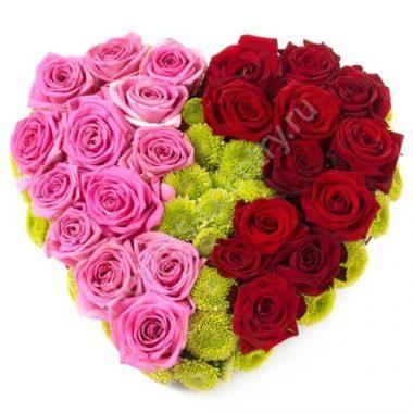 Букет из 25 роз и хризантем