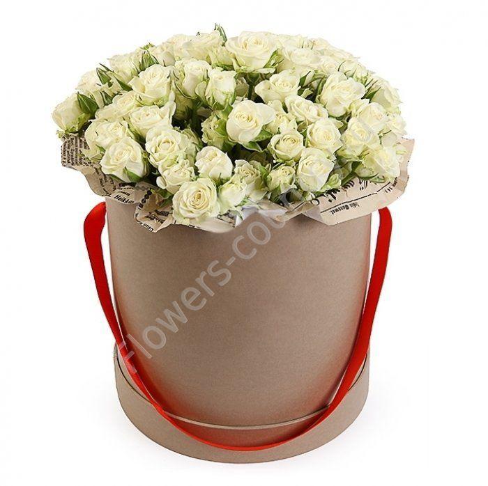 Букет из 19 кустовых роз в коробке