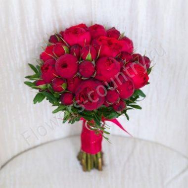 Букет из пионоводной розы