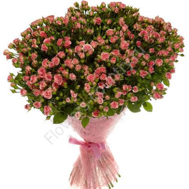 Букет из кустовой розы розовой