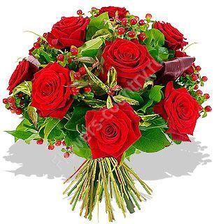 Букет из красной розы и гиперикума