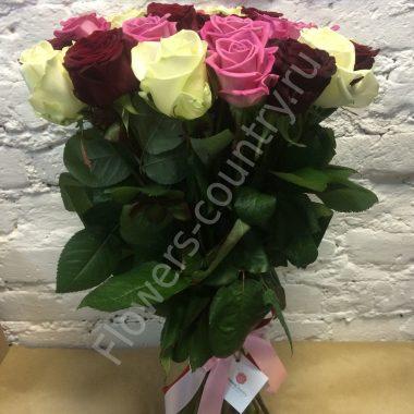 Букет из кремовой и розовой розы