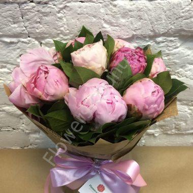 Букет из пиона розового