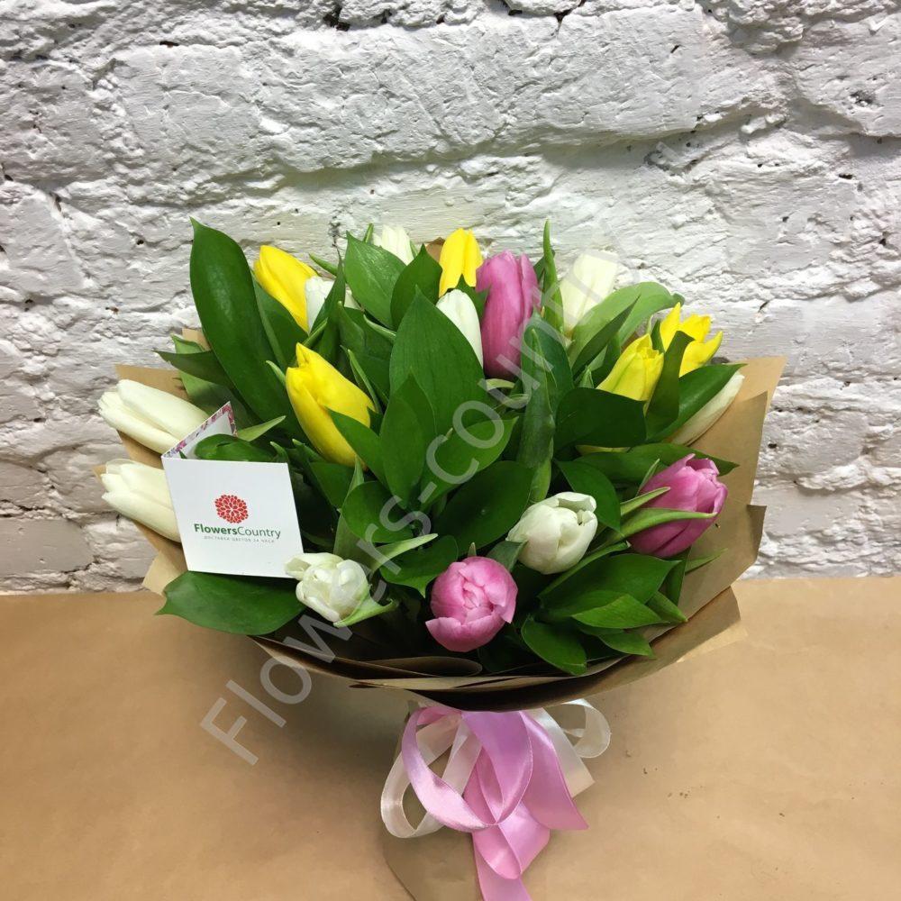 Букет из сиреневого и желтого тюльпана
