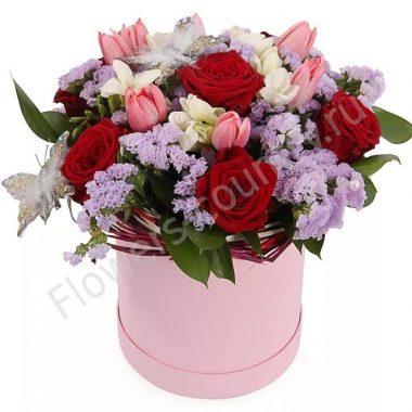 Букет в коробке с розой и статицей