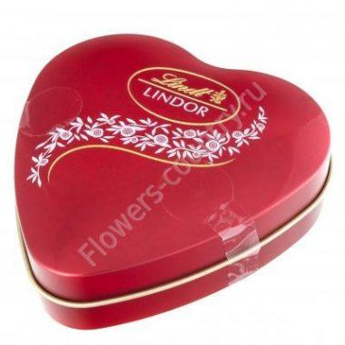 Конфеты Lindt в форме сердца