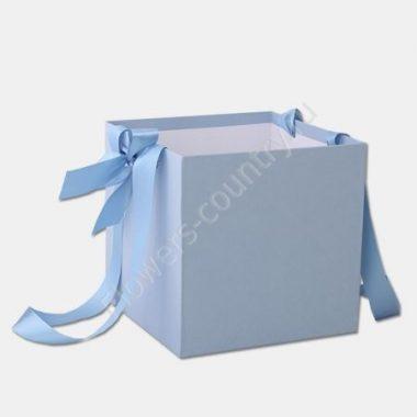 Коробка квадратная однотонная