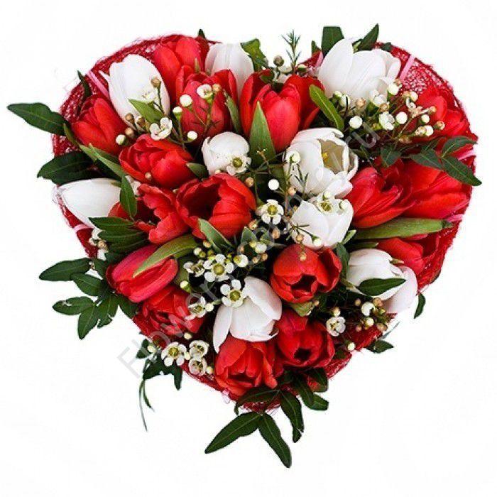 Букет из тюльпанов в форме сердца