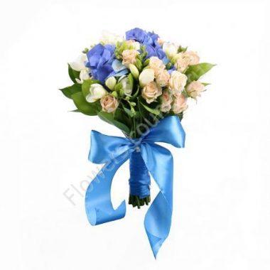 Букет из гортензии, розы и фрезии