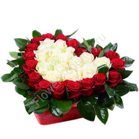 Букет из 35 роз в форме сердца