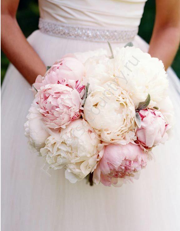 Букет невесты из 11 пионов