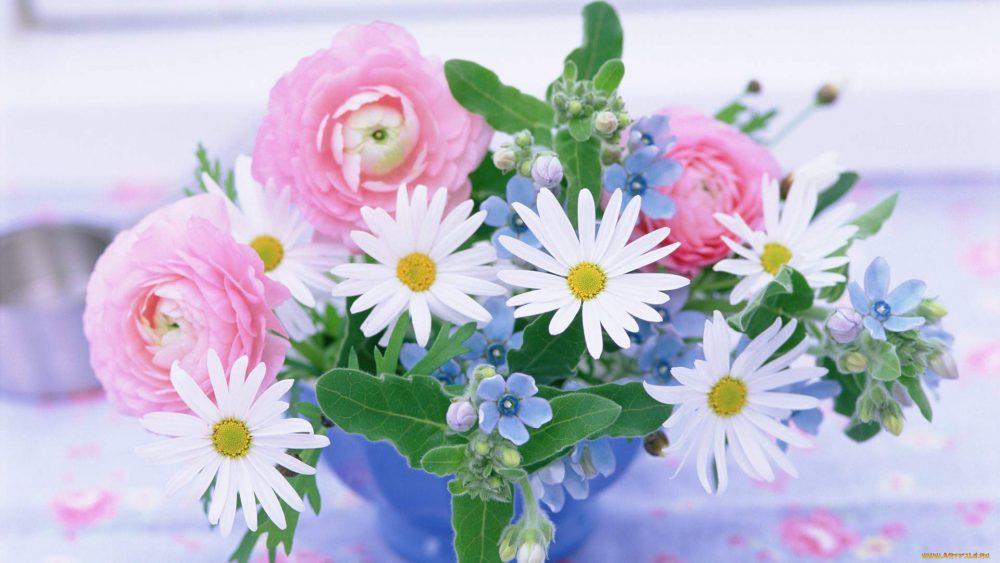 Как дарят цветы в разных странах?