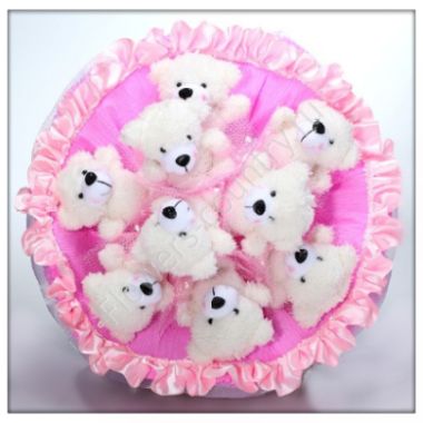 Розовый букет из мишек