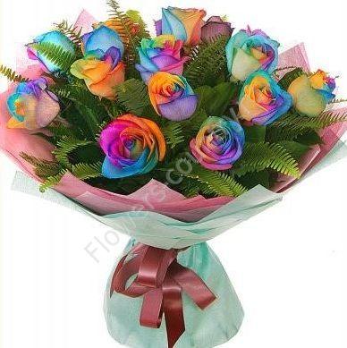 Букет из 13 радужных роз