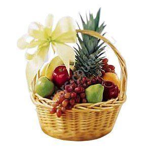 Корзина с фруктами (Ананас, Груши, Бананы, Апельсины, Виноград и др.)